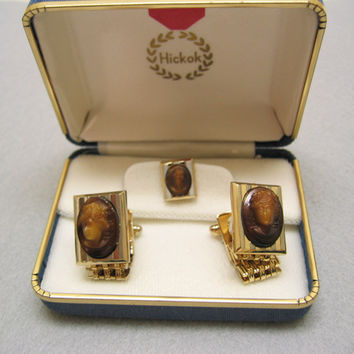 Mint in Box, Hickok, Vintage Wraparound Cameo Cufflink Set