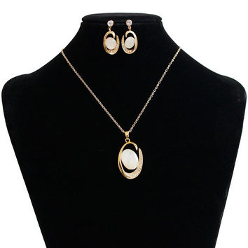 A Suit of  Faux Stone Rhinestone Oval Necklace and Earrings