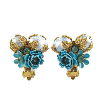Blue Bouquet - Vintage 1950s Sky Blue Flower Cluster Earrings, Miriam Haskell Style with Faux Pearls & Filigree, Clip On Backs