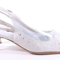 ST JOHN CRYSTAL AND SATIN SILVER KITTEN HEEL SIZE 51/2