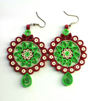 Handmade custom Paper quilled Green floral,flower dangle fashion light unique wedding Earrings