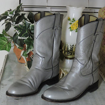 Silver / grey Justin boots size 8 / US womens 8 / vintage Justin boots / silver gray cowboy boots / SunnyBohoVintage