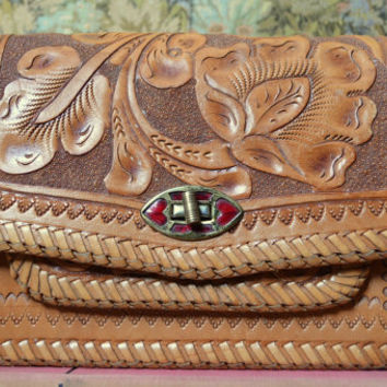1950s Hand Tooled Southwestern Heart Buckle Handbag