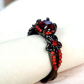 Red Garnet Flower Shiny Black Gold Filled Rings for Women Charming wedding Jewelry Promise Opal Rings Bijoux Femme party gifts