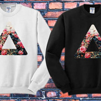Bastille logo Crewneck Sweater   Available Size S,M,L,XL,XXL color black and white