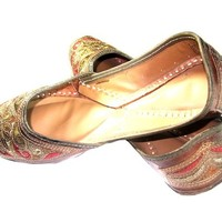 Womens Indian Shoe Traditional Punjabi Jutti Green Red Embroidered Resham Work