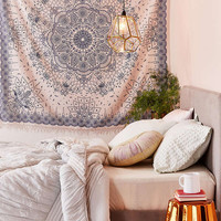 Emilia Medallion Fringe Tapestry | Urban Outfitters