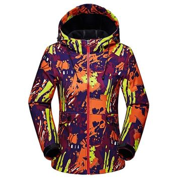 Winter Military Camouflage Soft Shell Jackets Women Autumn Fashion Waterproof Windproof Tourism Thermal Outwear Coat Female