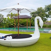 Fancy Lavish Outdoor Furniture - Opulentitems.com
