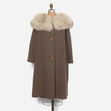 Vintage 60s FOX Collar COAT / 1960s Mocha Brown Wool Swing Coat M
