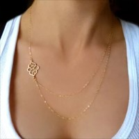 NWOT Gold layer necklace