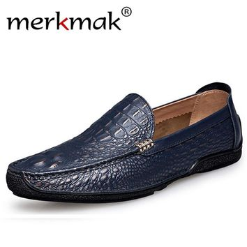 Merkmak Men Loafer Shoes  2017 Newly Genuine Leather Fashion Casual Slip On Men Moccasins Breathable Flats Shoes Zapatos Hombres