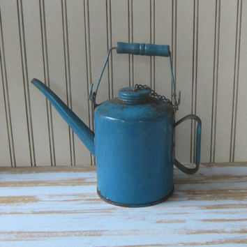 Blue Vintage Oil Can Kerosene Can Industrial Decor Antique Gas Can Garden Decor Antique Railroad Oil Can 1 Qt Quart Chippy Rusty Petroliana