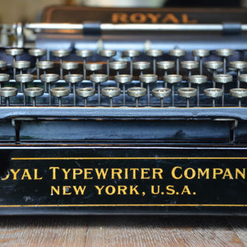 EXTREMELY RARE 1906 Typewriter - Royal Standard 1 - Restored to Near Perfect Condition