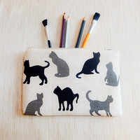 Cat Pencil Case/ Make Up Bag/ Gift for Her/ Gift for Women/ Gift for Mom/ Girlfriend Gift/ Birthday Gift/ Pouch/ Back to School Supply