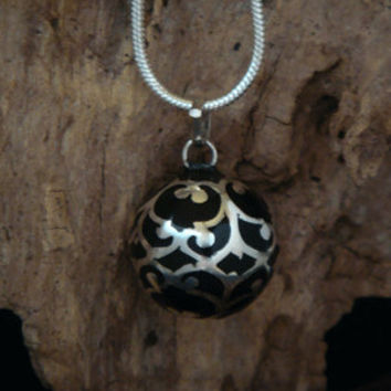 Large 20mm Black Harmony Ball wrapped in ornate design 925 Sterling Silver Filigree, Classy Harmony Ball, Bola Necklace, Angel Caller 218