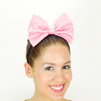 Daisy Duck Headband Light Pink Minnie Mouse Halloween Costume Daisy Duck bow Daisy Duck Halloween Costume Outfit Ears Satin Disney Bow new