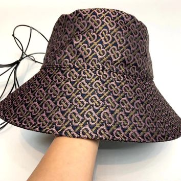 Burberry 2019 new men and women models pattern folding sun hat fisherman hat #1