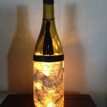 World travel wine bottle lamp, map nightlight, gift for traveler, map accent lamp, world map gift