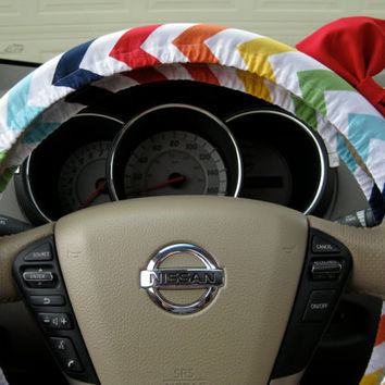 The Original Petite Monsieur Chevron Color Mix Steering Wheel Cover with Matching Bright Red Bow