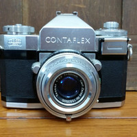 Vintage Carl Zeiss Ikon 35mm Contaflex Camera with Tessar 50mm and Case Made in Germany