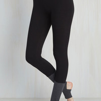 Mindful and Body Athletic Leggings | Mod Retro Vintage Pants | ModCloth.com