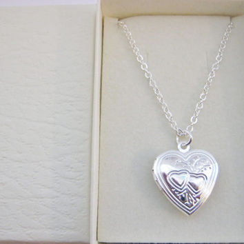 "Child Heart Locket Pendant Necklace 20mm (3/4"") Silver Plated Chain Girls Locket Child Kids Jewellery"