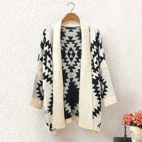 Fashion Women's Knit Geometric Cardigan Cape