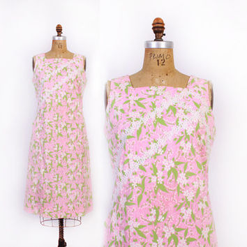 Vintage 60s Lilly PULITZER DRESS / 1960s The Lilly Crochet Trim Signature Print Floral Shift Dress M
