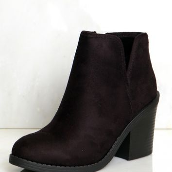 Side Slit Ankle Booties Black