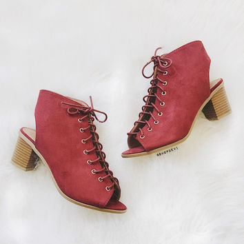 Breeze Lace Up Bootie - Burgundy