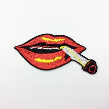 Lips patch smoking lips Punk tongue patch Embroidery Applique patch Embroidered patches iron on patch sew on patch 8.5*3.7cm (A109)