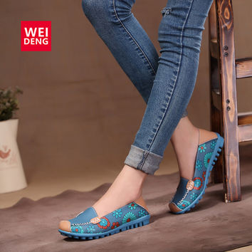 4 Colors Women Casual Genuine Leather Boat Comfortable Soft Gommino Flat Ventilation Fashion Printing Flat Slip on Shoes