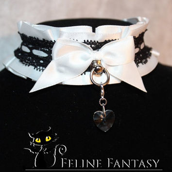 Made-to-order kittenplay collar & cuff set with black lace satin ribbon weave