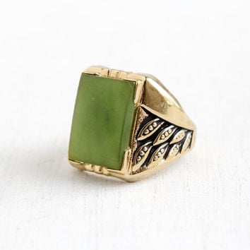 Vintage Art Deco Style Nephrite Jade Ring- Men's Retro Size 9 Green Gem Stone 18k HGE Hallmarked Uncas Costume Jewelry