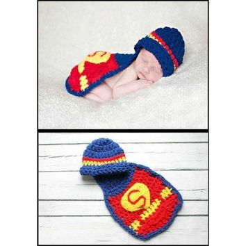 DCCKIX3 Hand- knitted suits newborn baby clothes one hundred days Photographic Superman costume baby photos (Size: 0, Color: Red) = 1945983492