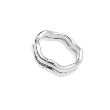 High Gloss Stackable Wavy Midi Knuckle Ring