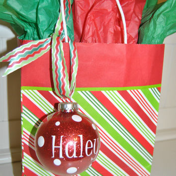 Christmas Ornament Gift Tags - Spice up your gifts this holiday season!