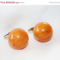 Spring Sale Vintage Bakelite Earrings Butterscotch Chunky Ball 1960s Estate  Jewelry