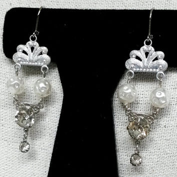 "RePurposed  Fx Pearl Bead Clear Rhinestone Dangle Silver Tone Pierced Earrings Bridal 2-1/2"" Long"