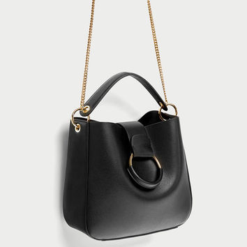 MEDIUM BUCKET BAG WITH HOOP DETAILS