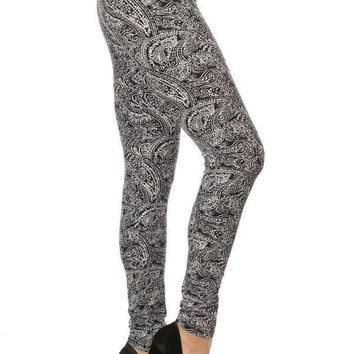 Women's Paisley Leggings Black & White: OS/PLUS