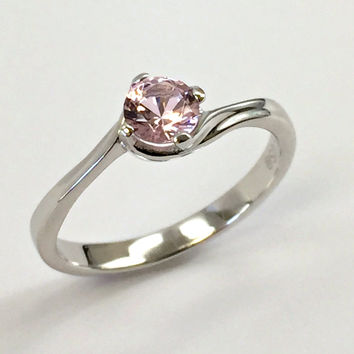 925 Sterling Silver Ring created Morganite 0,5 ct. Jewelry.