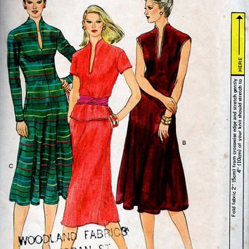 Vogue 7561 Sewing Pattern Retro Boho Hippie Style Pullover Dress Top Tunic A-line Skirt Deep Neckline Disco Fashion Plus Size Bust 38