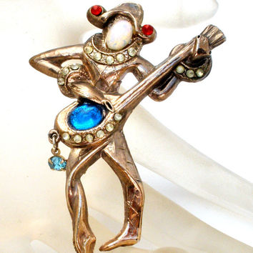 Jester Brooch Playing Lyre, Figural Clown Pin, Opalescent Rhinestone, Red And Blue Stones, Royal King's Man, Fashion Accessory, Vintage