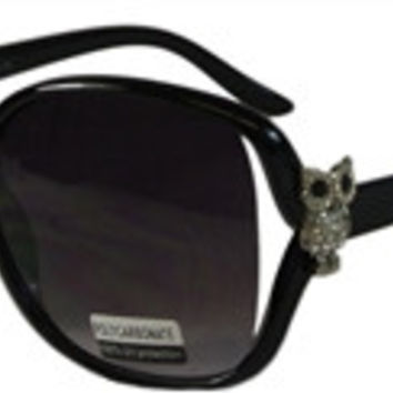 Women's Owl Sunglasses with Oversized Frames