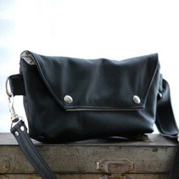 Traveler in Black Leather Made to Order by jennyndesign on Etsy