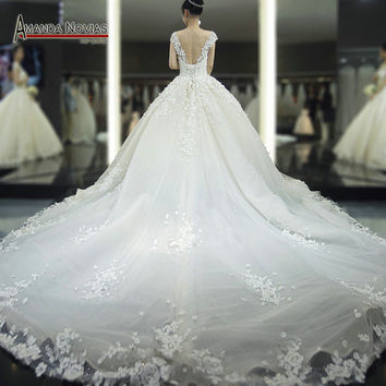 2016 Luxury Long Train Wedding Dresses Arabic Flowers Beading Wedding Dress Customer Order