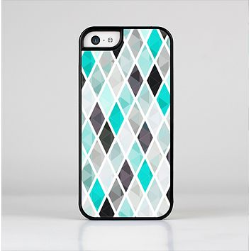 The Graytone Diamond Pattern with Teal Highlights Skin-Sert Case for the Apple iPhone 5c