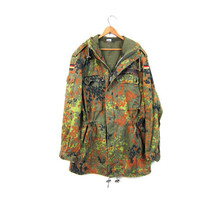Vintage 80s Army Coat German Army Parka Military Coat Green Camouflage Zip Up Hooded Coat Oversized Grunge Coat Fall Winter Coat Punk Medium